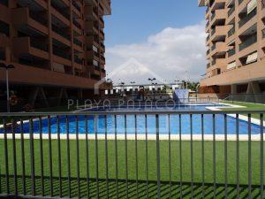 Zona común con dos piscinas