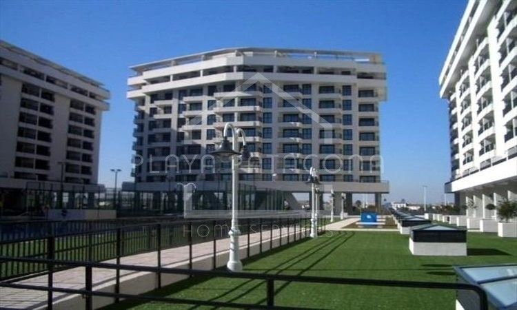 Apartamento a estrenar en residencial con piscina - Patacona