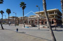 Construcción primera línea de playa