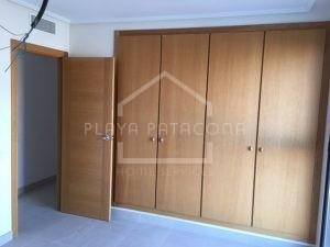 Habitaciones dobles con armarios empotrados