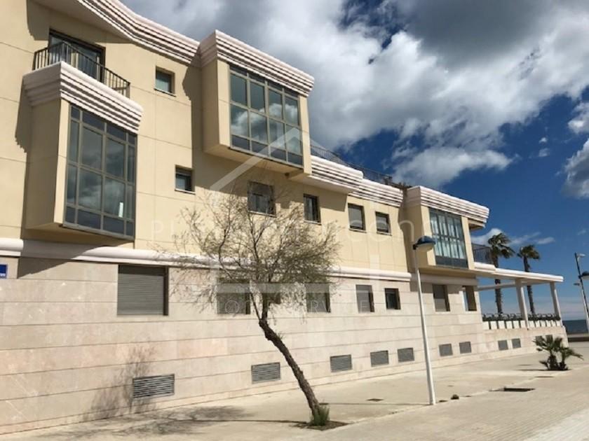 Apartamento reforma a estrenar primera línea Playa Patacona