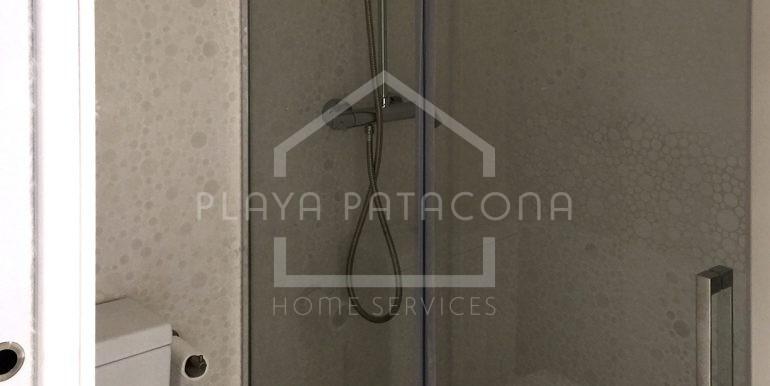 baño-edificio-primera-linea