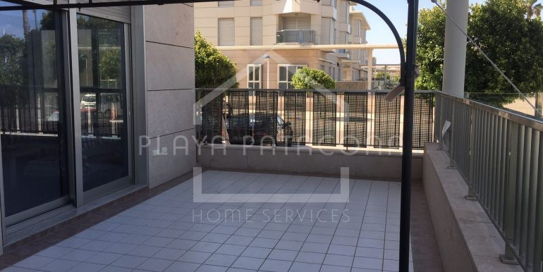 Apartamento primera linea Playa Valencia - Agosto