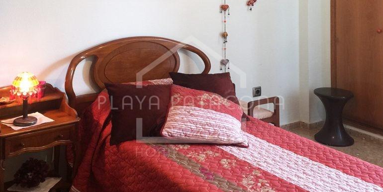 habitacion-Vivienda-de-3-dormitorios-a-50-m-del-mar
