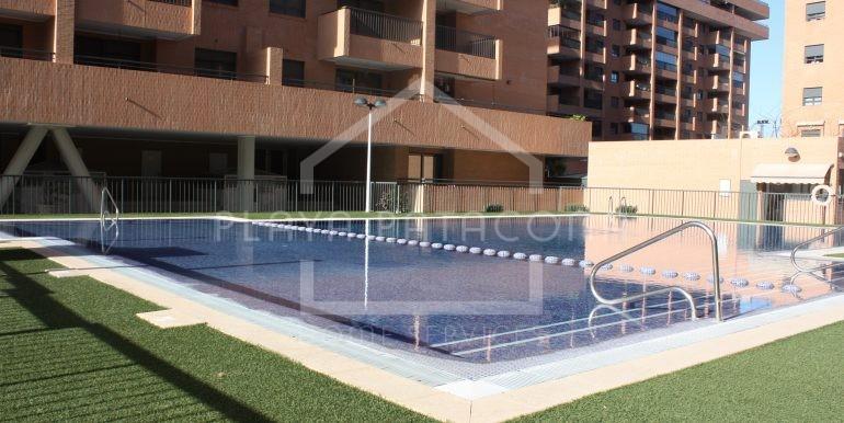 piscina-vivienda-3-habitaciones-Residencial-piscina-Patacona