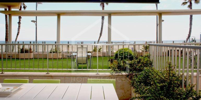 terraza_vivienda_frontal_al_mar_Playa_Patacona