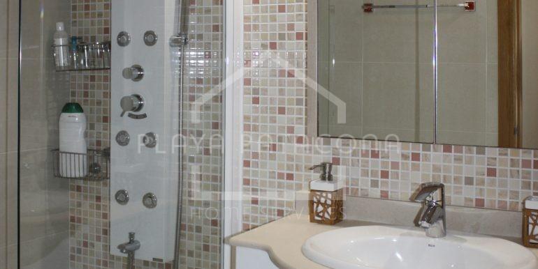 baño-vivienda-3-habitaciones-Residencial-piscina-Patacona
