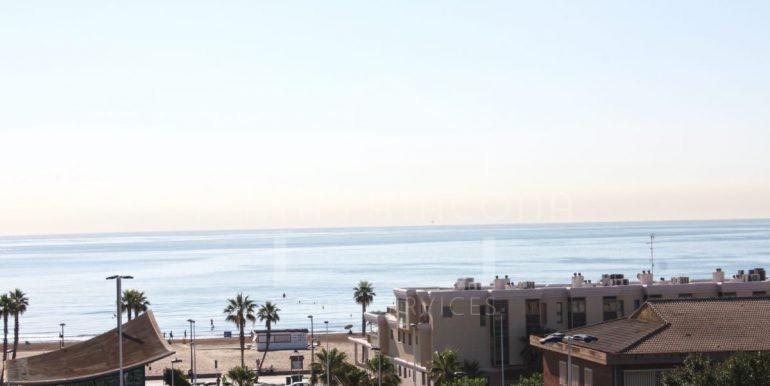 Alquiler anual residencial piscina en la playa de Valencia