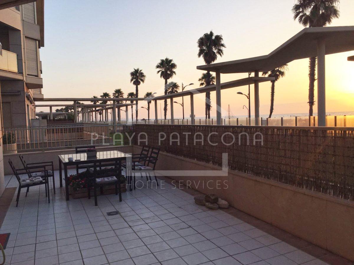 Apartamento exclusivo con vistas frente al mar en Patacona