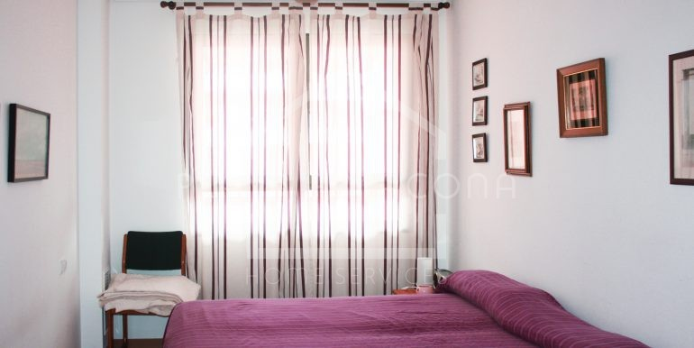 Apartamento de una habitación en residencial con piscina Patacona