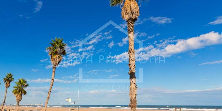 playa-malvarrosa-en-valencia