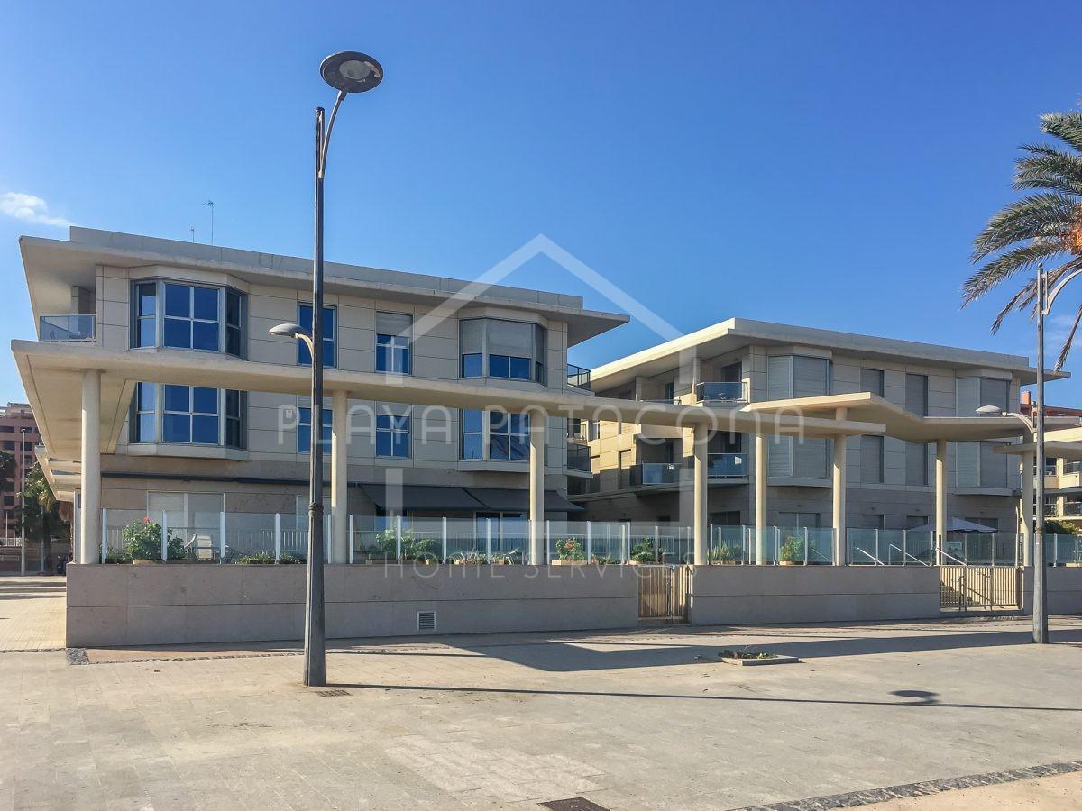 Apartamento en residencial de lujo primera linea Playa Patacona