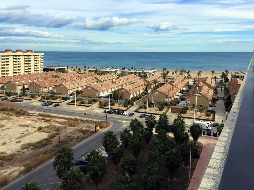 Ático con vistas al mar en Playa Patacona
