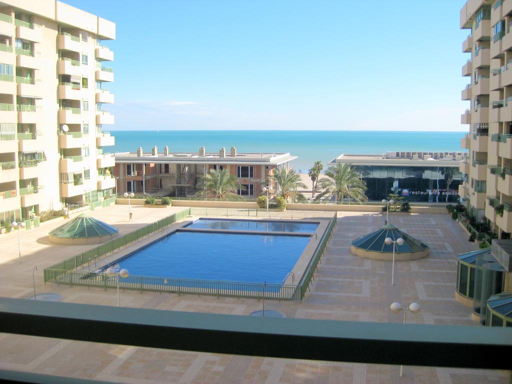 Apartamento alquiler anual piscina Patacona
