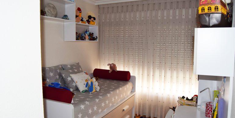 dormitorio-amplio-vivienda-alboraya