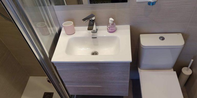 baño-vivienda-malvarrosa