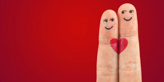 dedos celebrando san valentin en valencia