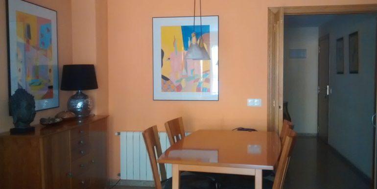 comedor-vivienda-tres-habitaciones