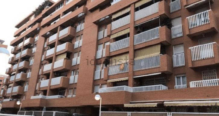 fachada-vivienda-tres-habitaciones-patacona