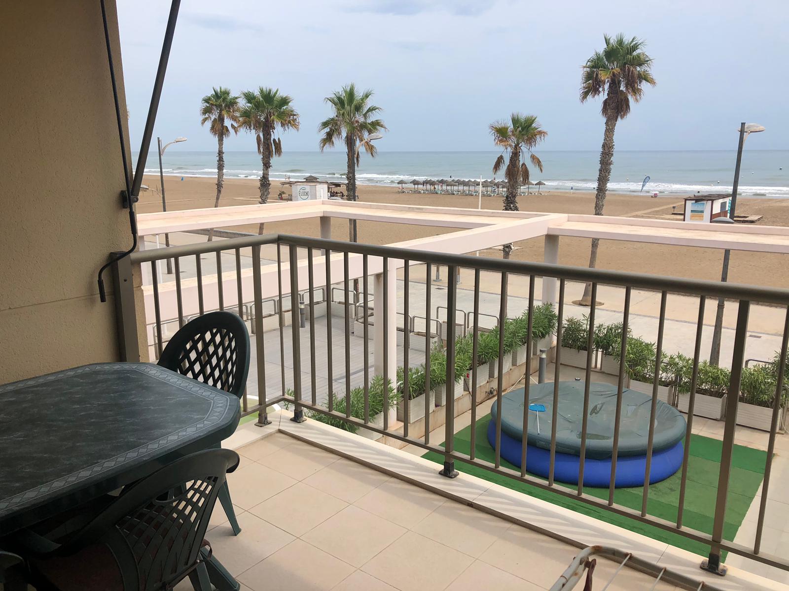 Apartamento frontal playa Patacona,primera línea