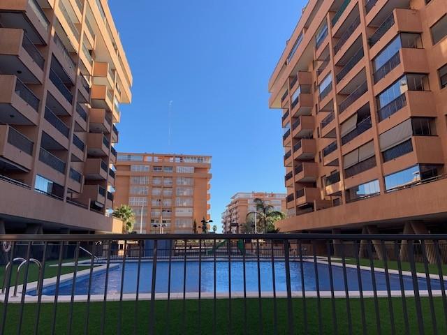 Ático dúplex en residencial con piscina y zona infantil